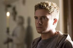 Christopher Nolan's Interstellar adds Topher Grace ...