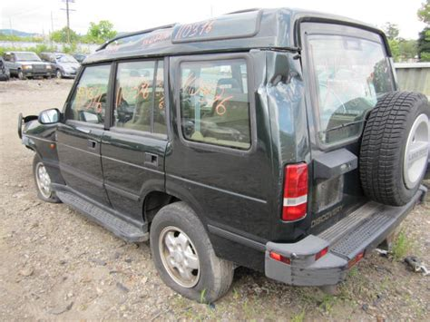Parting Out 1995 Land Rover Discovery