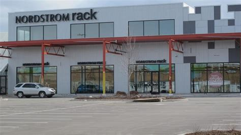 nordstrom rack milwaukee nordstrom rack to open at bayshore town center in fall