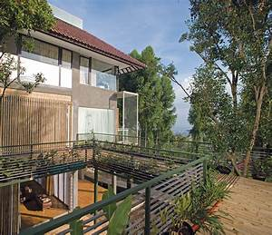 Bamboo wallpaper modern bamboo house construction for Modern bamboo house construction