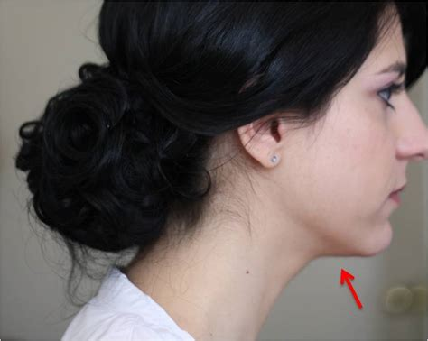 Hairstyles For Double Chins