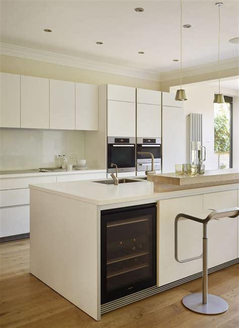 kitchen island com 31 smart kitchen islands with built in appliances digsdigs