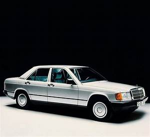 Mercedes 190 E : legend 5 mercedes benz 190 e mercedes benz ~ Medecine-chirurgie-esthetiques.com Avis de Voitures