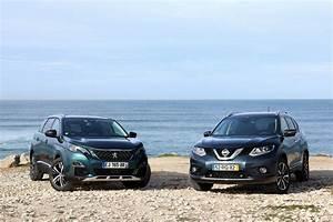 Nissan X Trail 2016 Avis : comparatif vid o nissan x trail vs peugeot 5008 une diff rence de calibre ~ Gottalentnigeria.com Avis de Voitures