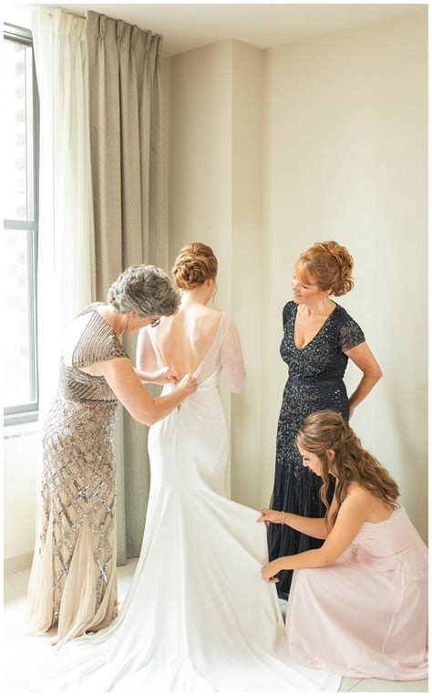 The cincinnati music hall has four different event spaces, with a maximum capacity of 650 and a minimum of 50. Cincinnati Music Hall Wedding (With images)   Wedding, Wedding dresses lace, Wedding dresses