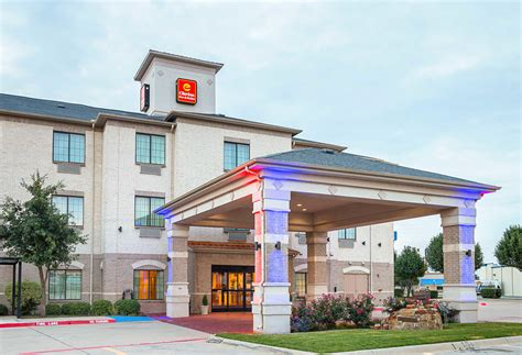 Clarion Inn & Suites In Weatherford, Tx