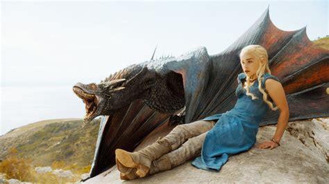daenerys targaryen emilia clarke game  thrones dragon