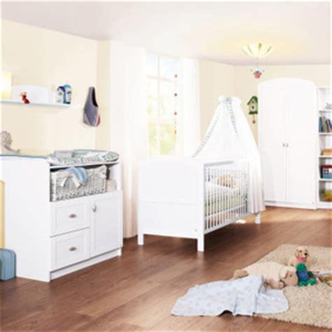chambre bébé petit espace faire une chambre de bebe dans un petit espace
