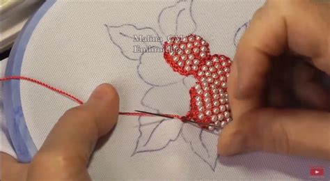 hand embroidery puffed flower  beads simple craft ideas
