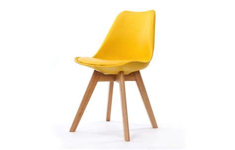 chaise scandinave et pieds en bois scany lot de 2