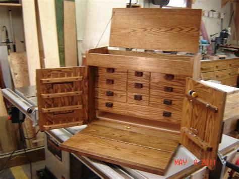 rays fly tying cabinet  wood whisperer