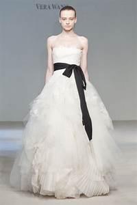 vera wang eliza size 3 wedding dress oncewedcom With wang wedding dress