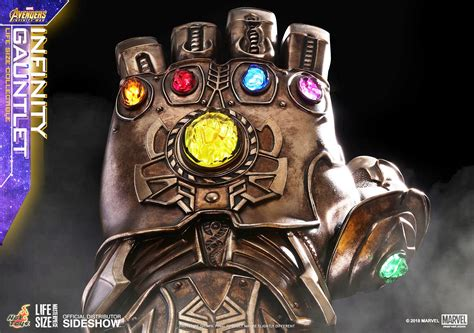 avengers infinity war replica life size guanto dell