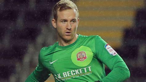 Transfer news: Charlton sign goalkeeper Ben Alnwick on ...