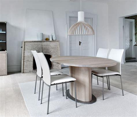 oval pedestal dining room table skovby  wharfside