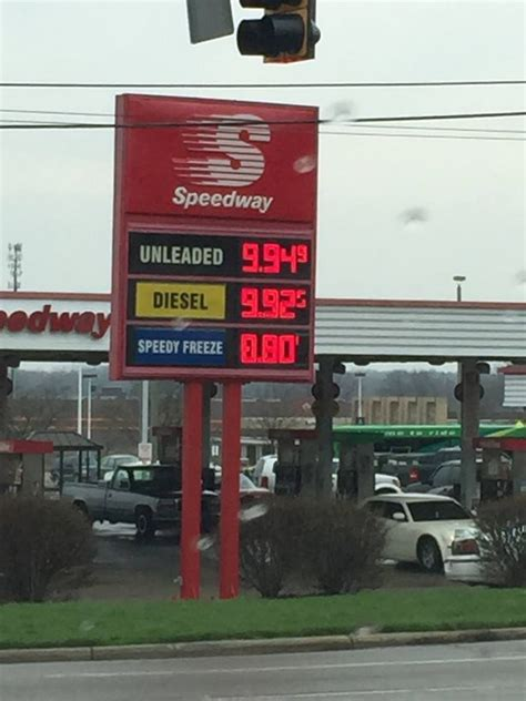 rogue lightning bolt raises gas prices  dayton ohio