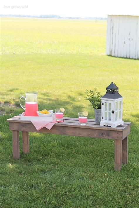 Diy Garden Bench by Easy Diy Outdoor Bench Grows