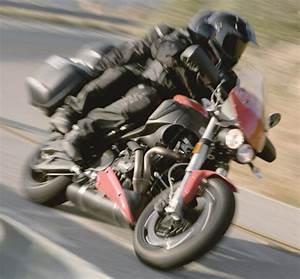 Fiche Moto 12 : buell xb 12 xt ulysses 2010 fiche moto motoplanete ~ Medecine-chirurgie-esthetiques.com Avis de Voitures