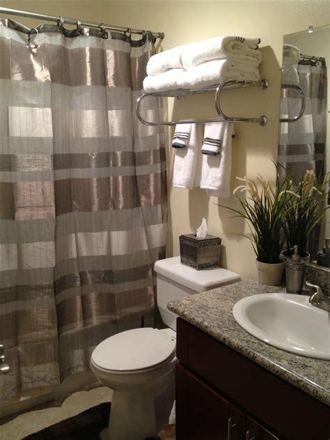 Apartment Bathroom Decor Ideas by The Most Of My Tiny Apartment Bathroom Hotel Towel