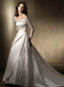 wedding dresses with sleeves and lace lace wedding dress sleeve sang maestro
