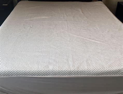 mattress cover reviews nest bedding cooling mattress protector review