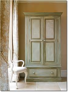 Annie Sloan Painted Furniture with Paint