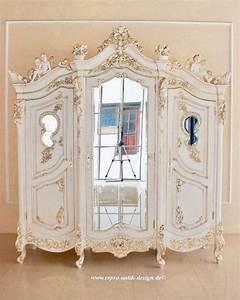 Kleiderschrank Antik Weiß : barock kleiderschrank angel armoire mit spiegel 3 t rig alt wei belegt mit starkem blattgold ~ Frokenaadalensverden.com Haus und Dekorationen