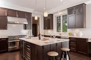 Kitchen design vancouver custom kitchen renovations for Vancouver kitchen design