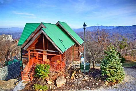 cabin rental gatlinburg tn best places to book cabins in downtown gatlinburg tn
