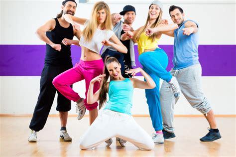 zumba dance fitness dancing tanzen balli studio young coreografici hiphop bij dancer premium modern hop hip dansen workout gratis class