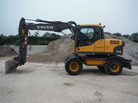 Volvo EW 140 C wheel excavator from Netherlands for sale ...