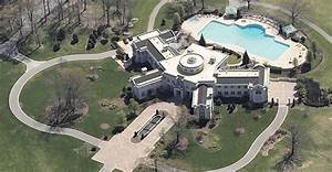 109 Room Holyfield Mansion Bought By Rapper Rick Ross ...