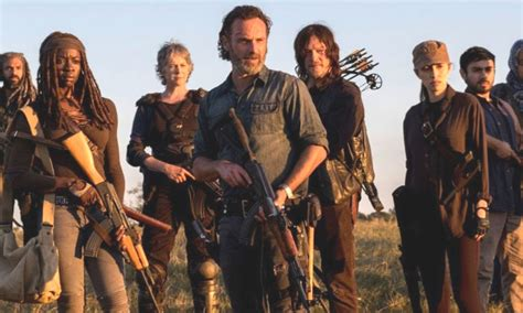 Dead soldier (uncredited) unknown episodes. What To Know About Walking Dead Season 6, Important Key ...
