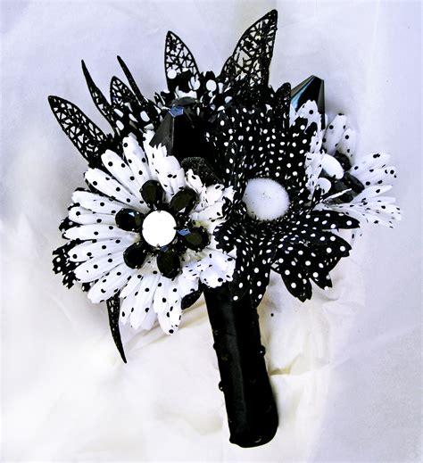 Black And White Wedding Mod Bridal Bouquet Retro Flowers