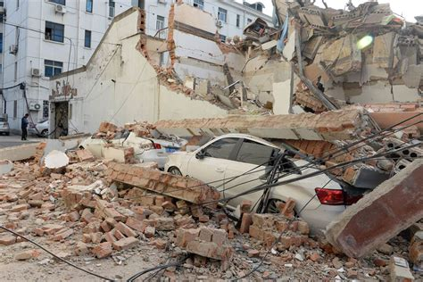 Rescuers Rush To Scene Of Building Collapse In China Nbc
