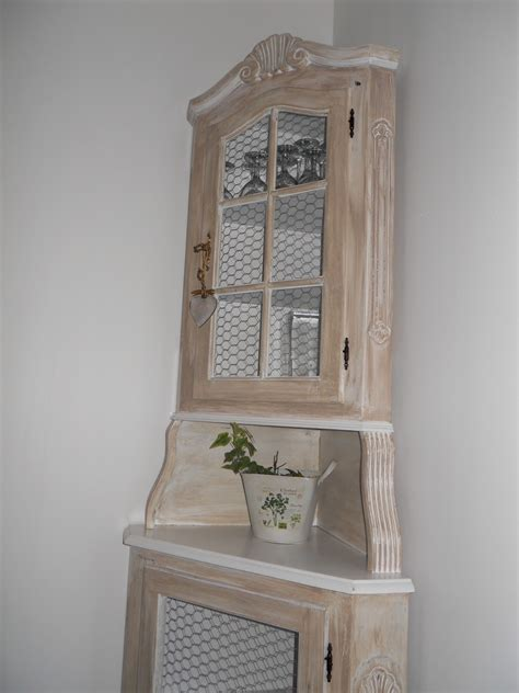 cuisine ancienne relook馥 armoire ancienne relooke excellent article with relooker une commode ancienne armoire ancienne relooke avec une patine gallery of renover