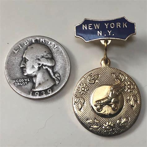 New York Lapel Pin, Vintage Roller Skate Pin | Roller ...
