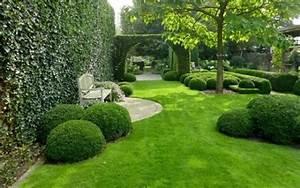 Comment Refaire Sa Pelouse : une belle pelouse ~ Carolinahurricanesstore.com Idées de Décoration