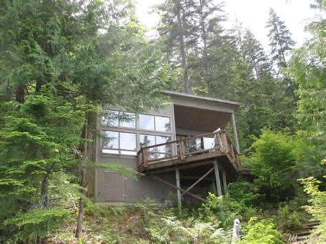 lake cushman cabins 640 sq ft tranquil cabin w 5 acres 270 waterfront for