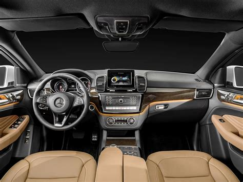 Gle 450 Interior by Mercedes Gle Coupe Revealed Debuts Amg Sport 450