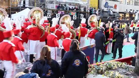 matt lauer  macys thanksgiving day parade youtube