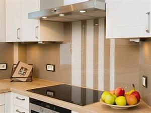 Glas kuchenspiegel aus kratzfestem echtglas for Küchenspiegel aus glas