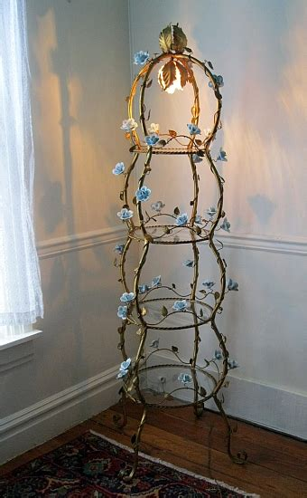 Etagere Shabby Chic by Antique Italian Tole Toleware Light Etagere Shabby