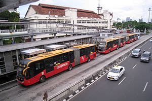 bus rapid transit wikipedia bahasa indonesia
