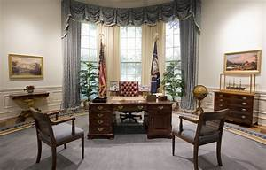 File Bush Library Oval Office Replica Jpg