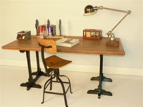 bureau ikea treteaux idée un bureau sur tréteaux 12 inspirations et une selection shopping une hirondelle dans