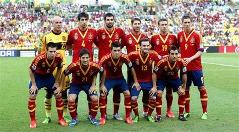 Spaniens nationalmannschaft ist nach zwei positiven coronatests mindestens zu einem teil kurzfristig geimpft worden. fussball.ch - Spanien mit fünf Neulingen - Fussball ...