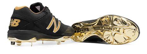 bold  gold hero  metal cleat   balance