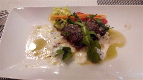 Lamb Kebab With Mint Yogurt Dressing Picture Nikita