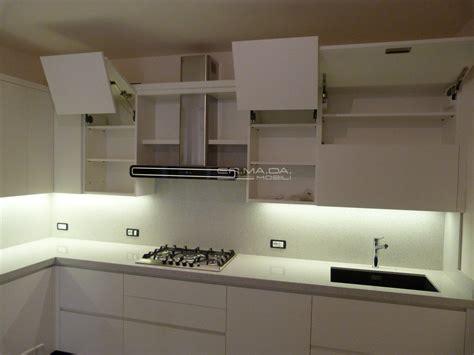 16 Cucina Moderna Laccata Frassino Bianco  Er Ma Da